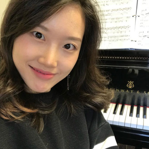 Young Oh pianist in the department of music at the college of wooster